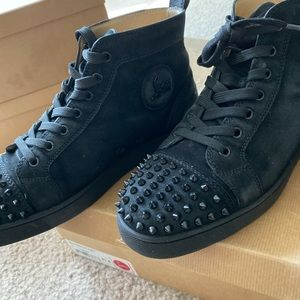 Christian Louboutin Lou Spikes Flat Suede 41.5/8.5